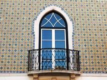 Balkong med Azulejos royaltyfri bild