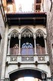 Balkong med dekorativa beståndsdelar Royaltyfria Bilder