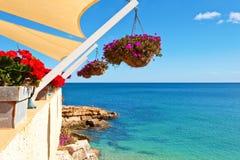 Balkong med havssikt arkivfoton