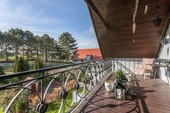 Balkong och trädgård Royaltyfria Bilder