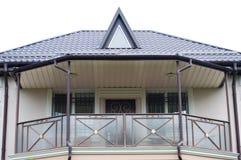 Balkong på det andra golvet av huset royaltyfri bild