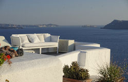 Balkong på Oia Santorini royaltyfria foton