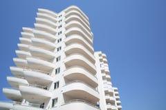 Balkonger av mitt Marine Residence hotell Royaltyfria Bilder