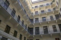 balkonger många Arkivfoto