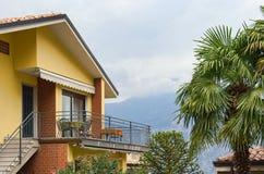 balkonghus royaltyfri fotografi