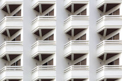 Balkongmodell av modern byggnad Arkivfoton
