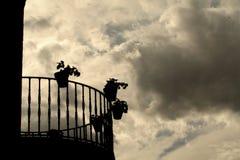 balkongsilhouette Royaltyfri Fotografi