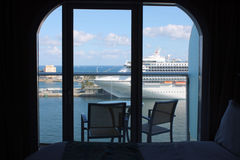 balkonowy rejsu oazy morzy statek Zdjęcia Stock