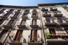 Balkons in San Fermin Street royalty-vrije stock foto's