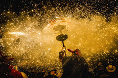 ball在Correfoc的de Diables在Cervera 免版税库存照片