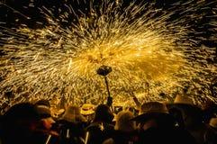 Ball DE Diables op Correfoc in Cervera Stock Afbeeldingen