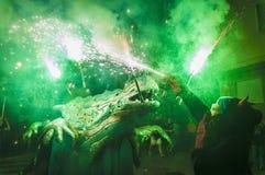Ball de Diables sur Correfoc en EL Vendrell Photographie stock