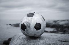 Ball in einer Landschaft Lizenzfreie Stockfotografie