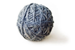 Ball gemacht von der Wolle von den Schafen Lizenzfreie Stockfotografie