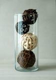 Ball gesponnen von den Zweigen für Dekoration im Glas Lizenzfreies Stockbild