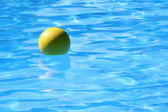 Ball in the water Royalty Free Stock Photos