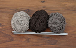 Ball of wool with knitting needles Stock Photography