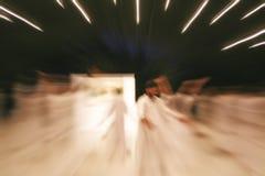 Ballando nella beatitudine meditative ed esplorare il mondo interno fotografia stock libera da diritti