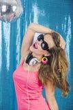 Ballando nella discoteca Fotografie Stock