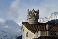 Ballando nelle montagne fotografia stock libera da diritti