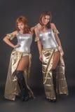 Ballare grazioso di due ragazze Immagini Stock Libere da Diritti