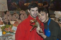 Ballaro, Palermo che vende i pesci Fotografia Stock