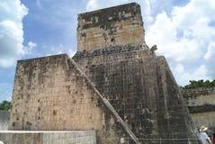 Ballcourt i Kukulcan, Chichen Itza, Mexico Arkivfoto