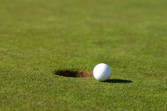 Balle de golf Photos libres de droits