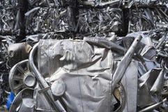 Balle schiacciate di scarto & del primo piano di alluminio Fotografia Stock