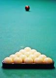Ballen op een pool Stock Afbeeldingen