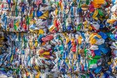 Ballen Plastik für die Wiederverwertung lizenzfreie stockfotografie