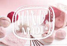 Ballen van garen Concept op het thema van het breien voor de dekking Stock Foto