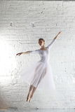 ballerina στο λευκό στοκ εικόνα