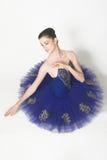 Ballerina im Blau Stockfotografie