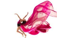 ballerina Junges würdevolles weibliches Balletttänzertanzen über weißem Studio Schönheit des klassischen Balletts stockfotografie