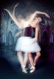 Ballerina nel movimento fotografie stock