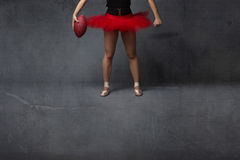 Ballerina- oder Fußballspielerabschluß oben lizenzfreies stockbild