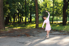 Ballerina outdoors Royalty Free Stock Photos