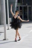 Ballerina in tutu nero Fotografia Stock