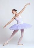 Ballerina in tutu viola Immagine Stock