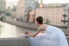 Ballerinadans i mitten av Moskva Arkivbild