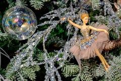 Ballerinaspielzeug Weihnachtsdekoration Lizenzfreie Stockfotos