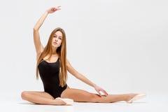 Ballerine dans l'équipement noir Photo libre de droits