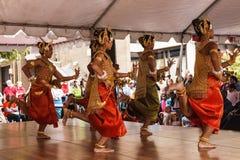 Ballerini cambogiani khmer Fotografie Stock Libere da Diritti