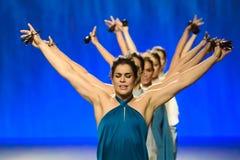 Ballerini di balletto durante la raccolta di Duyos agli ss 2015 MBFW Madrid Immagine Stock
