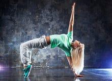 Ballerino della giovane donna Immagini Stock