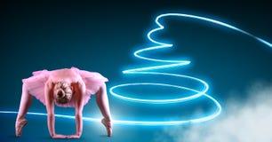 Ballerino di balletto con le linee d'ardore del neon della parte girevole Immagini Stock Libere da Diritti