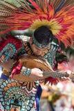 Ballerino messicano indigeno immagine stock