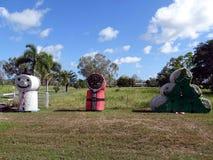 Balles de foin empilées sous forme de décorations de Noël photo libre de droits