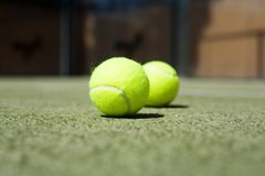 Balles de tennis Photos stock